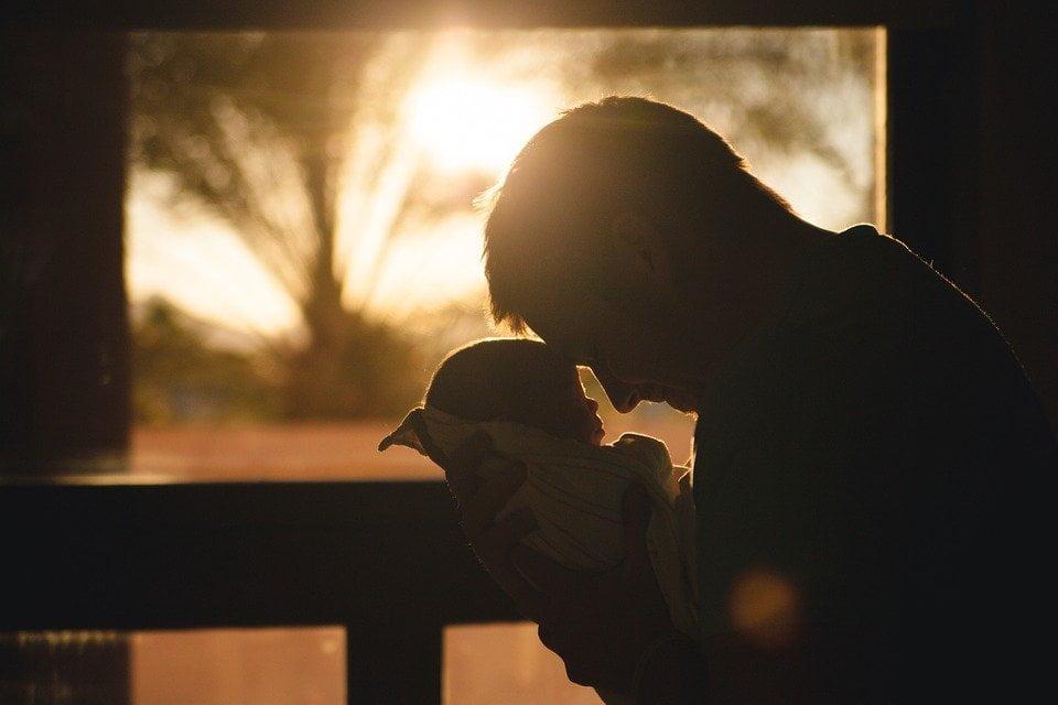 Beba, ilustracija, foto: StockSnap, preuzeto sa pixabay.com